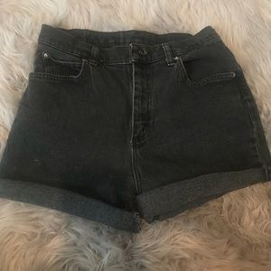 Vintage high wasted shorts